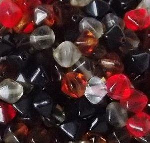 assortiment de perles pyramide en verre