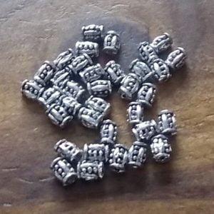 perles en métal