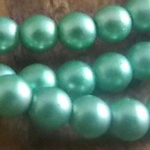 perles nacrées péridot mat
