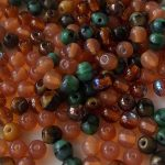 perles rondes en verre mix green topaz