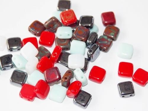 assortiment de perles Tiles