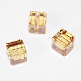 perles cubes Swarosvki